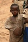 7449913-dr-congo--2e-nov-traversent-refugies-de-la-republique-democratique-du-congo-en-ouganda-dans-le-villa